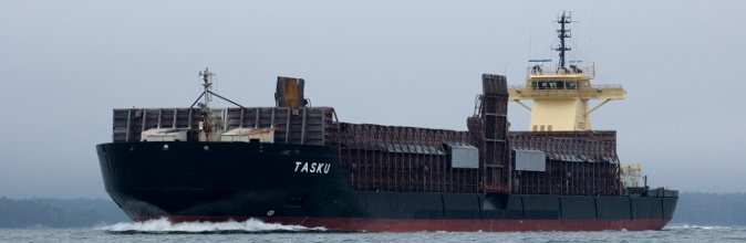 Pusher Steel and 14,000 dwt barge Tasku